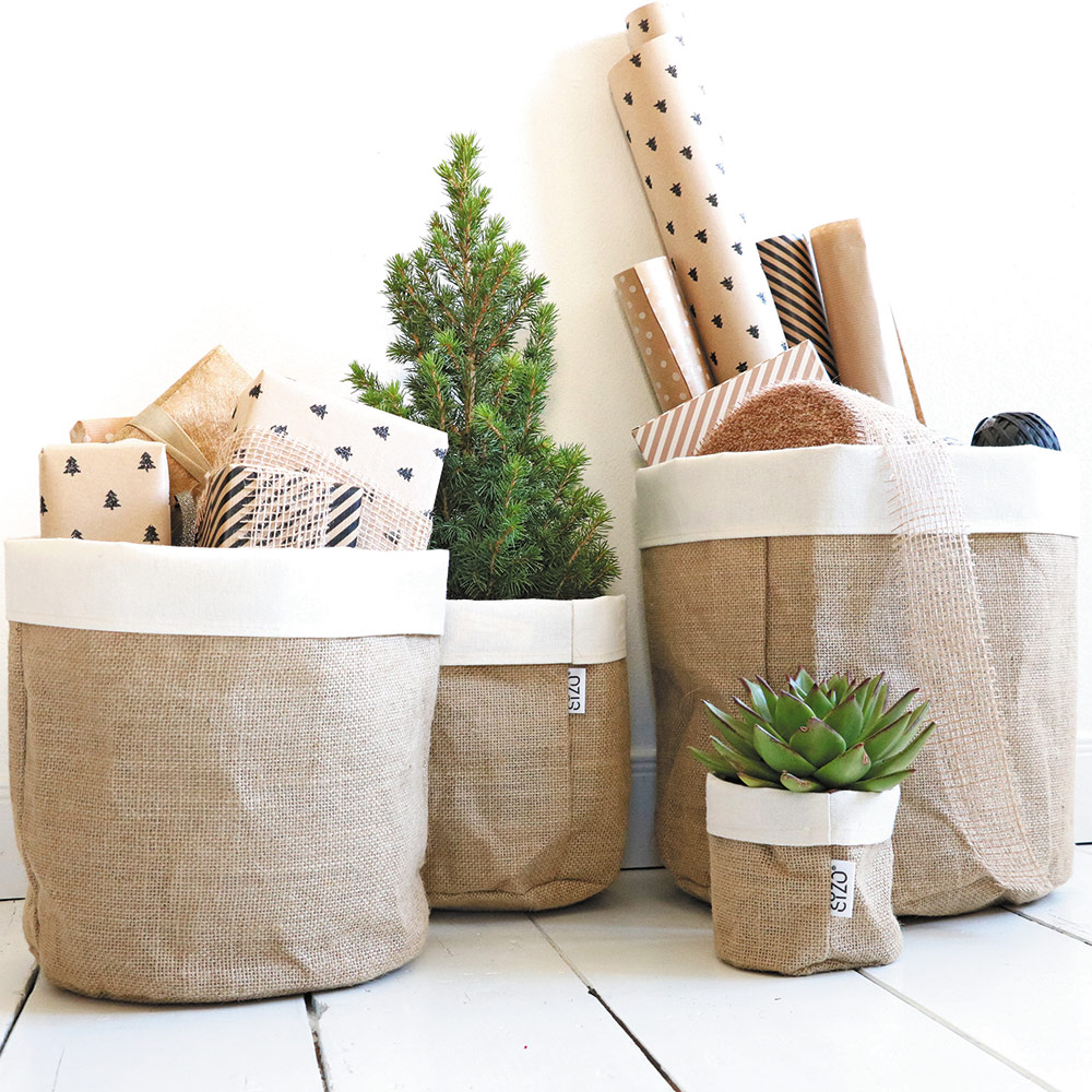 Jute-bag-with-linen-edge-plants-and-gifts-brochure-page-22